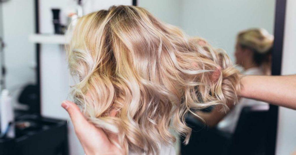 Χρώμα Στα Μαλλιά