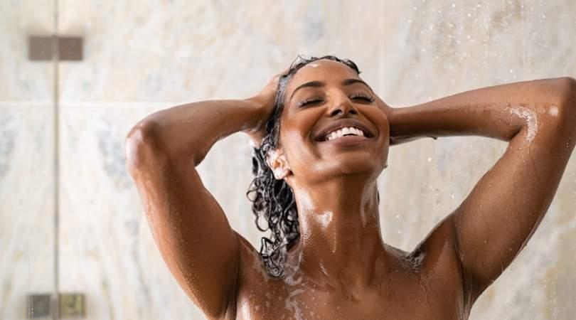 λούστε σωστά τα μαλλιά σας